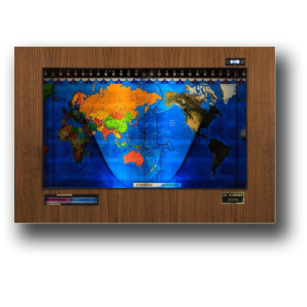 A Geochron Real Wood Veneer, with a Walnut panel, Black trim, and a Premium Combo mapset.